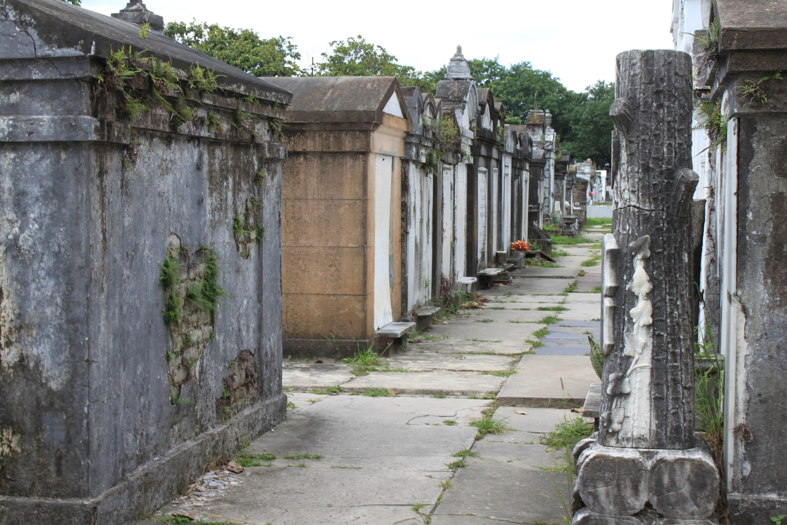 louis-cemetery-no2